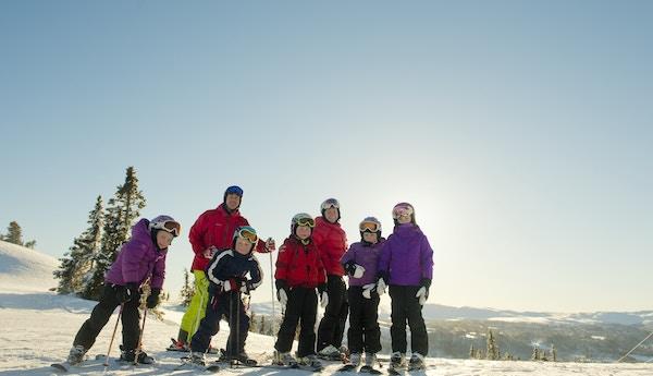 06 Barn I Alpinbakken